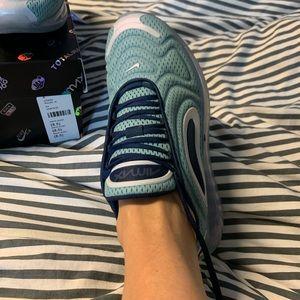 Nike air max 720 woman's sneakers